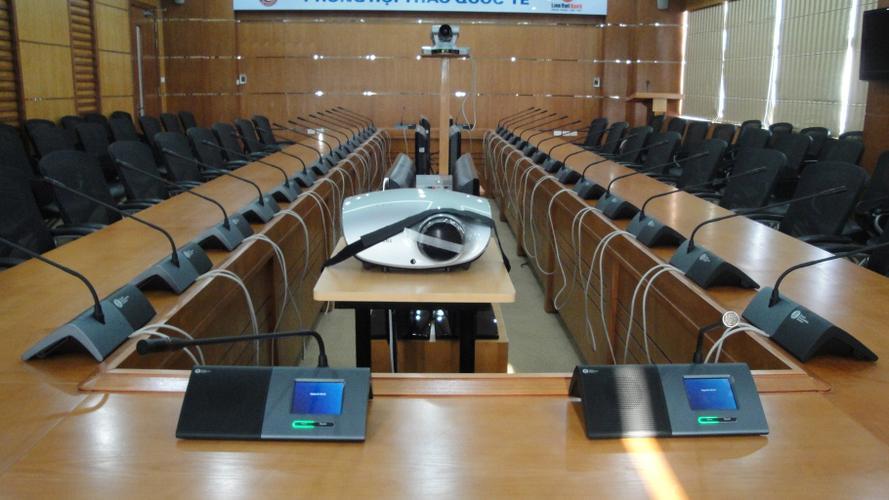 Hải Hưng cung cấp và lắp đặt hệ thống âm thanh hội thảo TOA