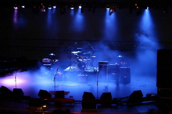 Thiết bị âm thanh sân khấu