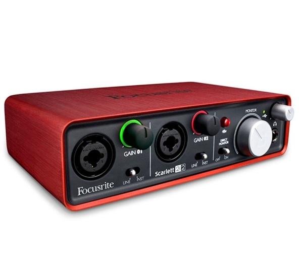 Audio-Interface-thiet-bi-ket-noi-he-thong-am-thanh-phong-thu
